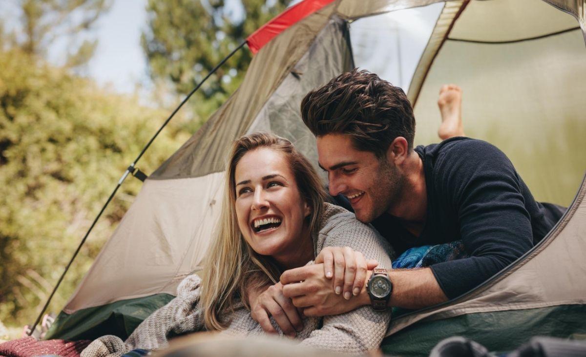 Jak oszczędzać i nie rezygnować z przyjemności na wakacjach?