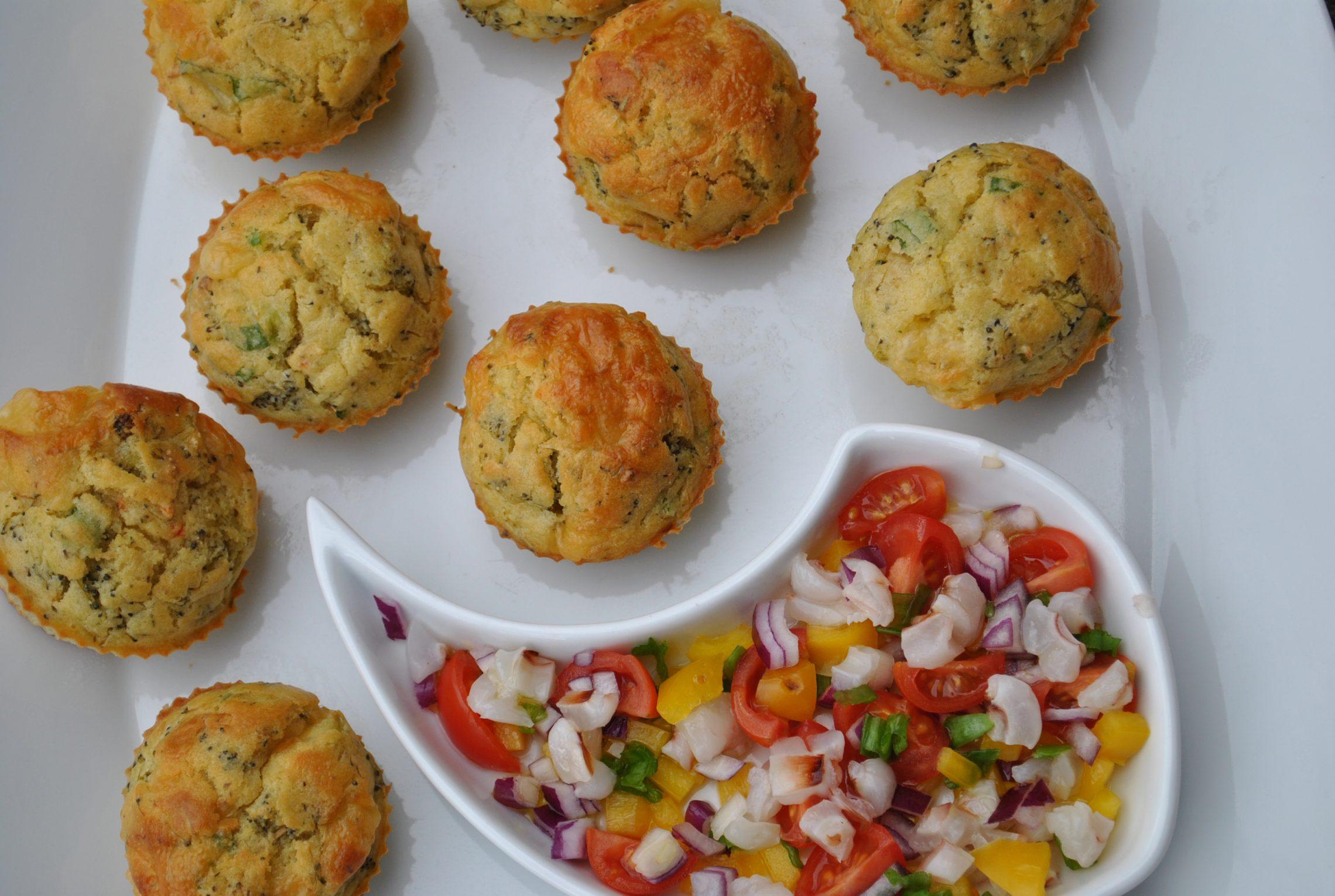 Brokułowe muffiny z salsą z liczi