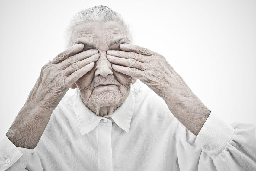 Dlaczego tak wiele starszych osób cierpi na depresję?