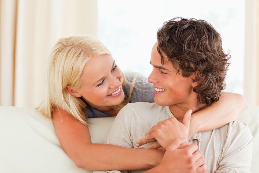 5 naukowych powodów, dla których warto się przytulać
