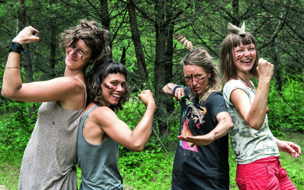 Założycielki kolektywu W(y)Puszczone organizują leśne obozy dla dziewczynek (Fot. Anna Maziuk)