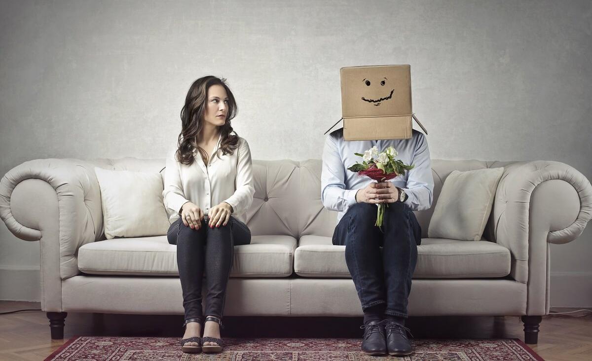 Nieśmiałość w relacjach intymnych – jak ją pokonać?