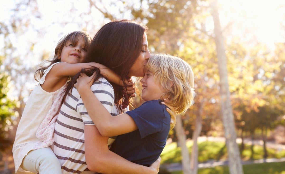 Kogo mama kocha bardziej?