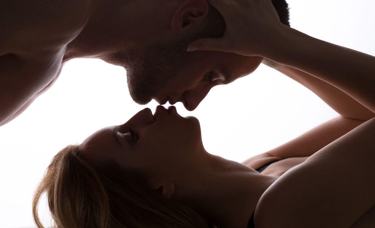 Co to jest seks tantryczny? I jak regularne przeżywanie ekstazy czyni nas lepszymi?