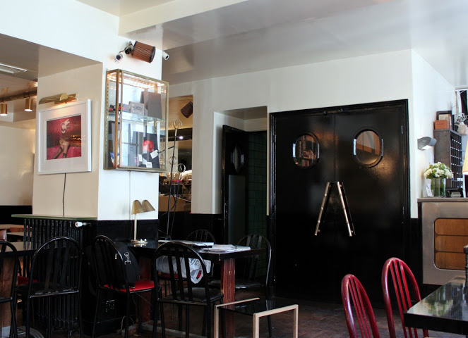 Hotel Amour, rue Navarin 8