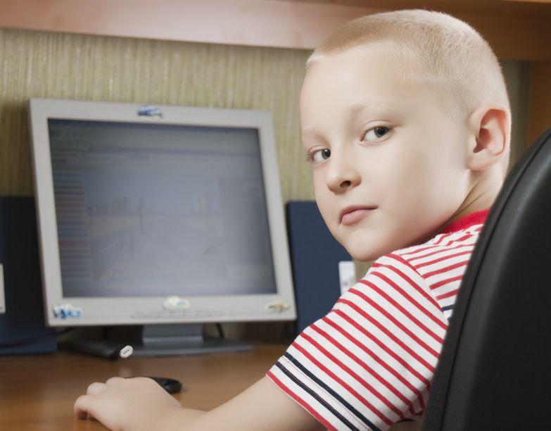 Jak uchronić dziecko przed uzależnieniem od mediów?