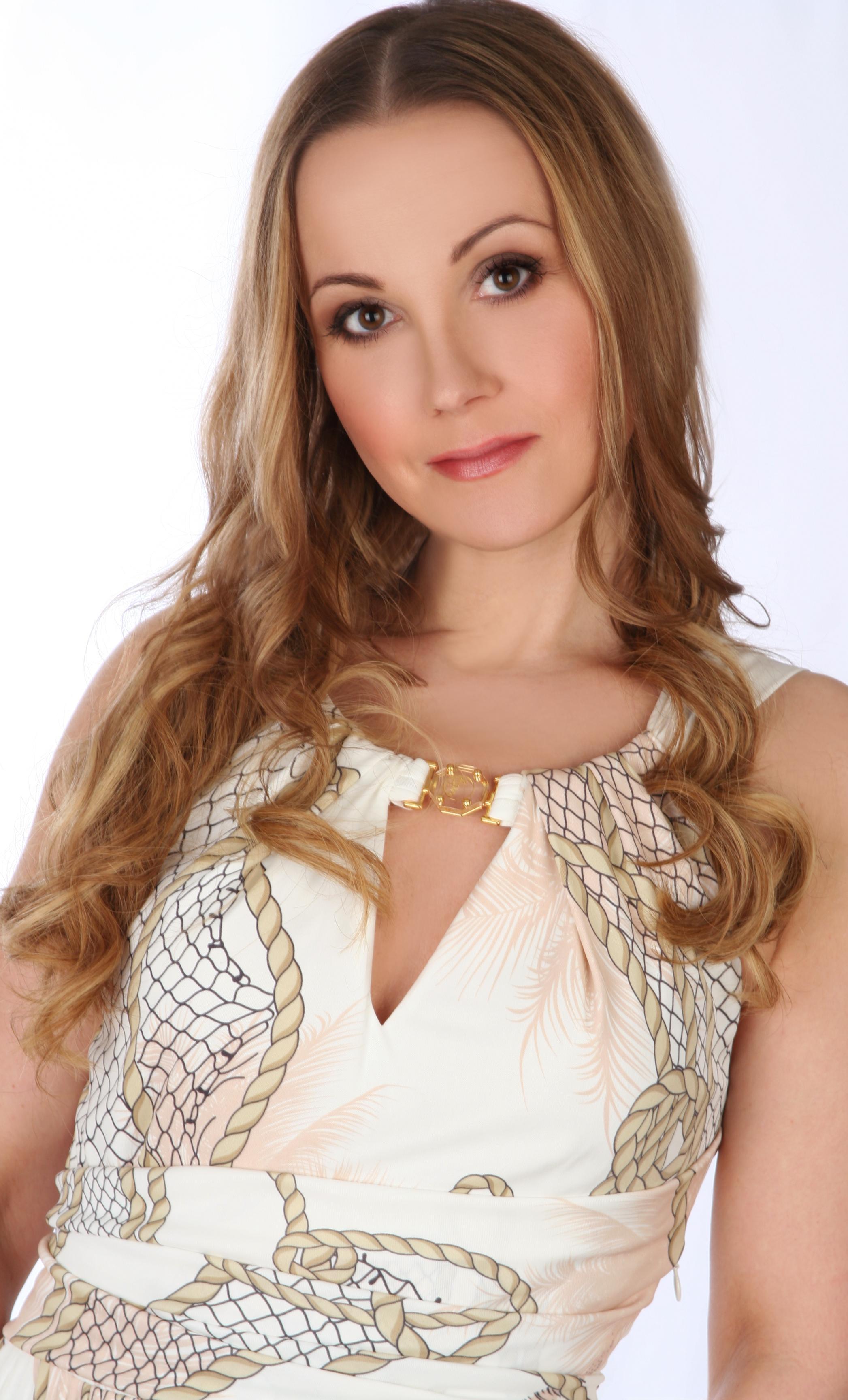 Anna Pikura