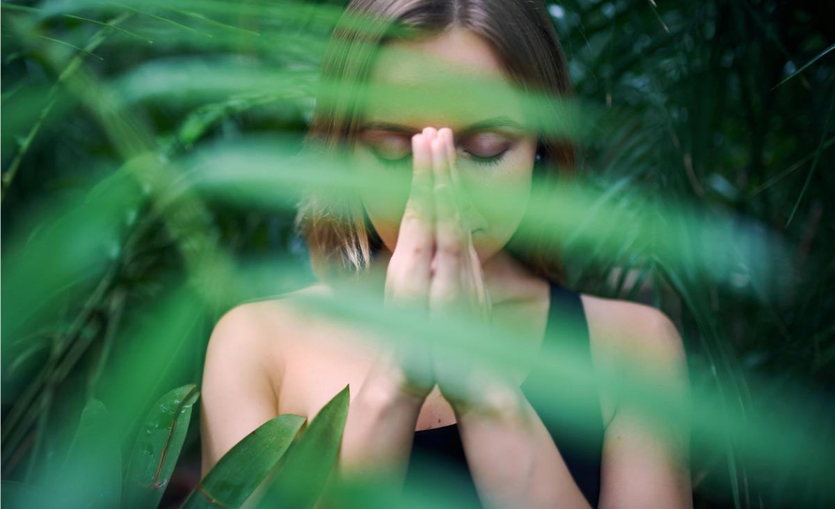 Medytacja poprawia życie - jak poprawnie medytować?