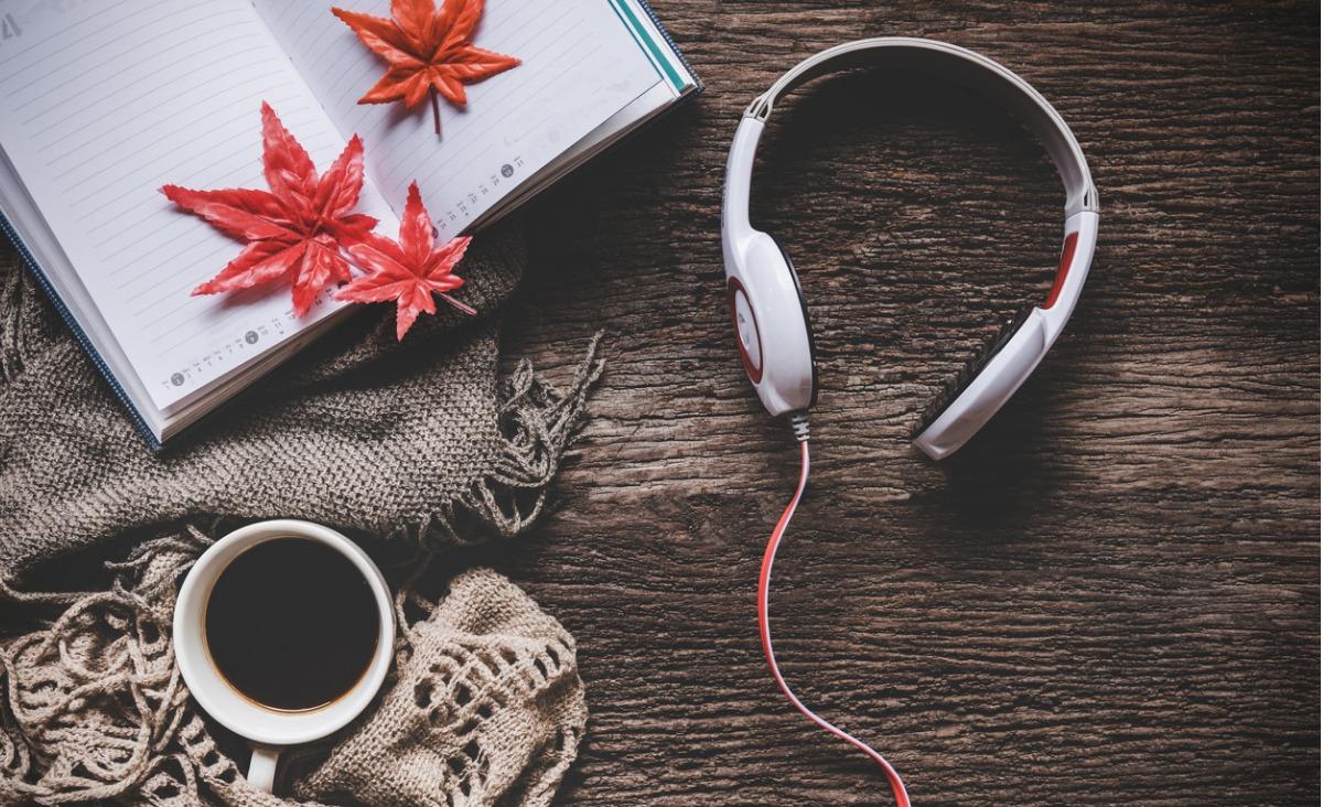 Nowości muzyczne - czego warto posłuchać jesienią?