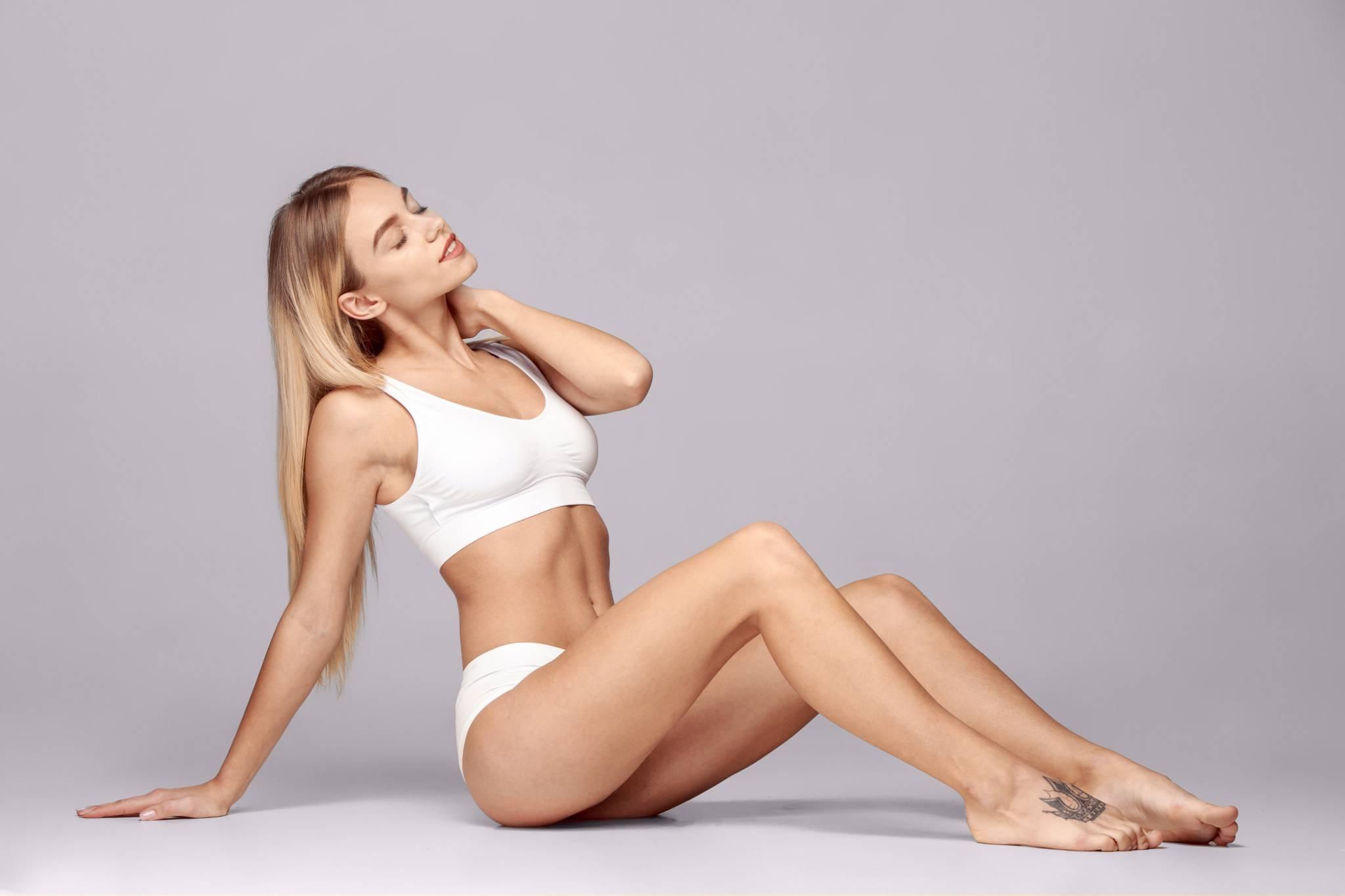 Odsysanie tłuszczu metodą liposukcji