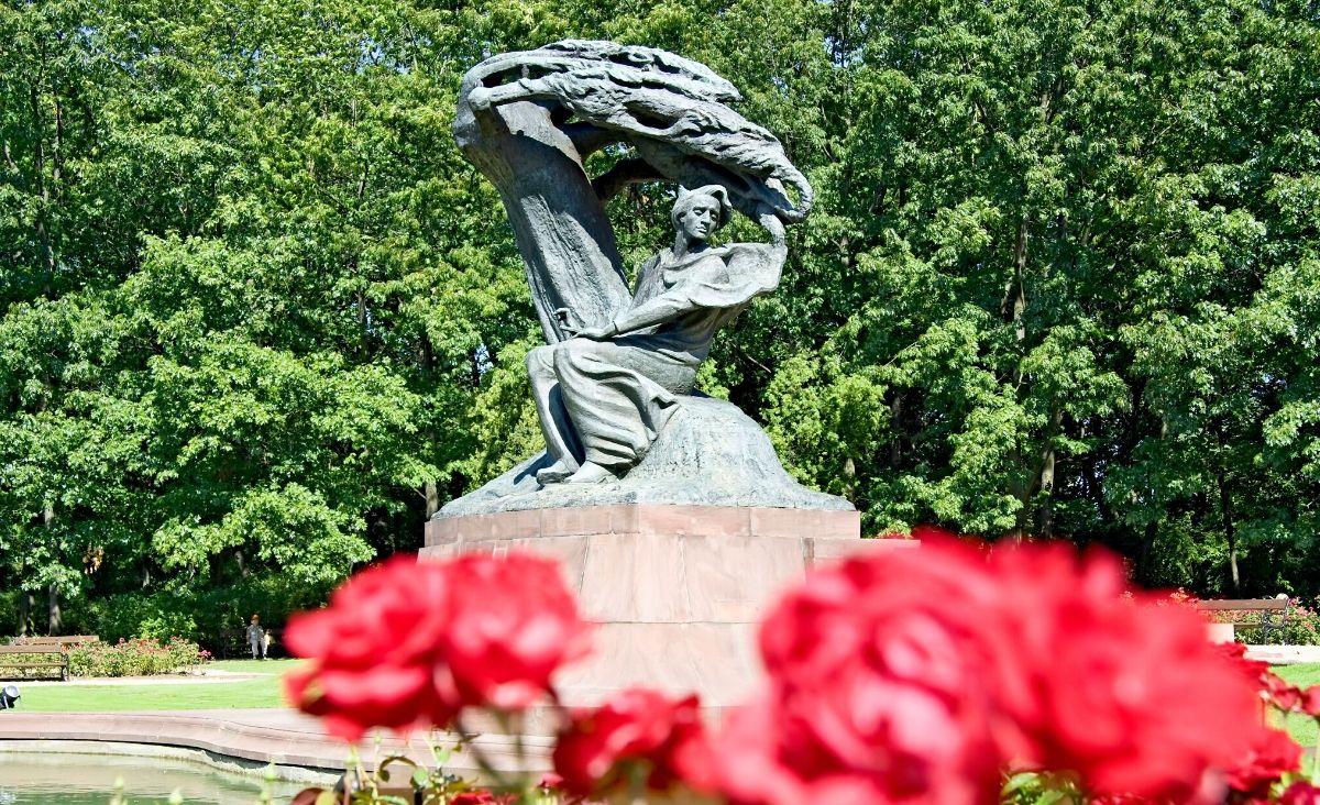 Konkurs chopinowski przełożony - słuchajmy Chopina online