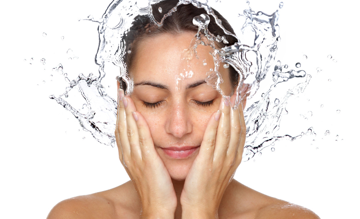 Nawilżyć i rozświetlić - najważniejsze dla skóry