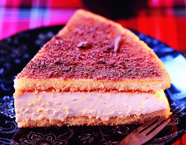 Ciasto biszkoptowe z kremem herbacianym