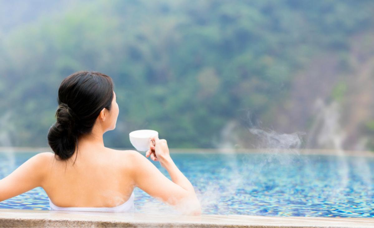 Woda termalna - jak stosować wodę termalną i która jest najlepsza?