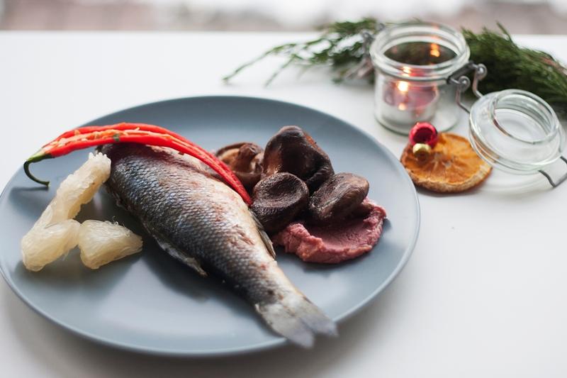 Okoń Morski faszerowany rozmarynem i papryczką chilli