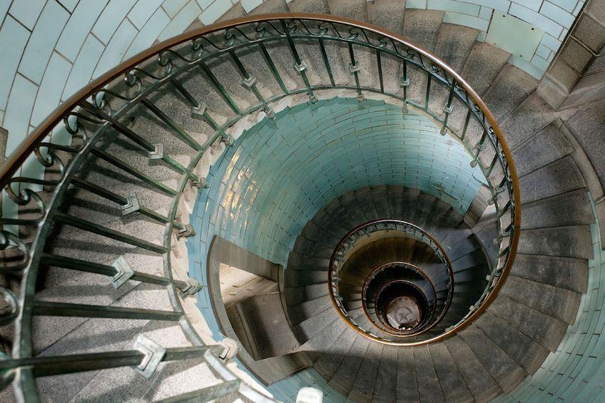 Poręcze schodów-funkcja i design