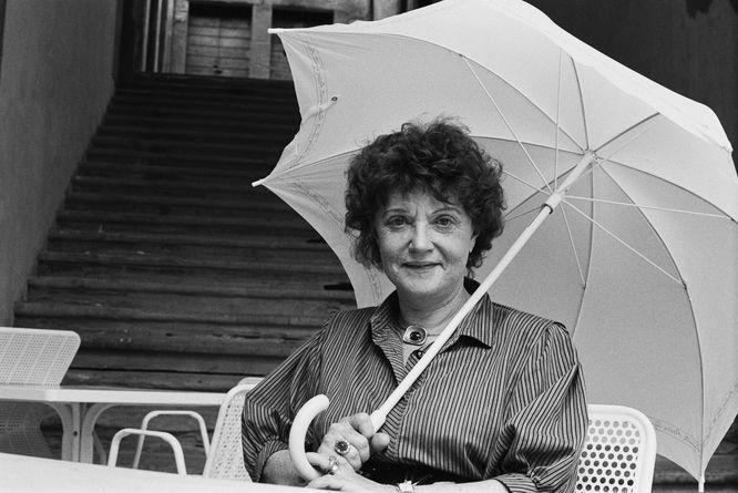 Muriel Spark – Śmiertelnie niepoważna