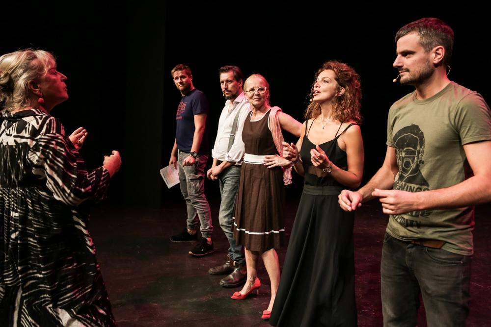 Spektakl Mój pierwszy raz nową premierą Teatru Polonia. Reżyseruje Krystyna Janda.