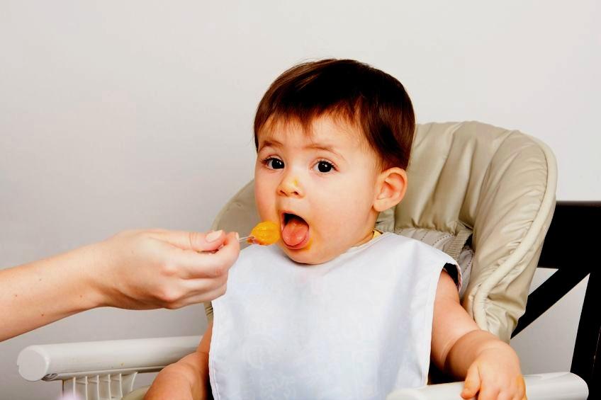 żywienie niemowląt