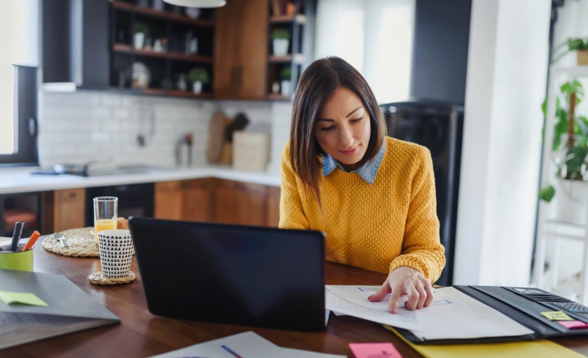 Pracownik objęty kwarantanną – co warto wiedzieć?