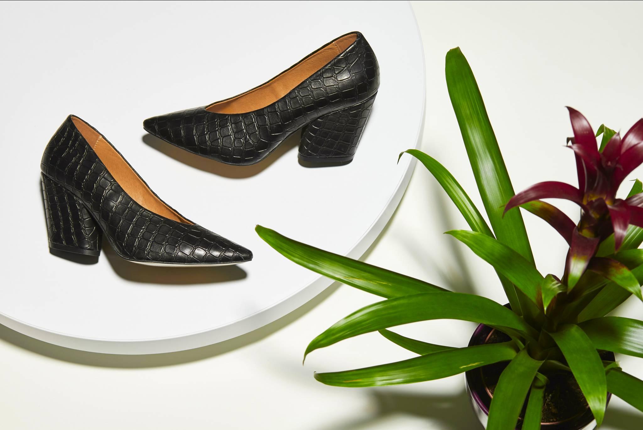 Trendy wiosna/lato 2020 – postaw na buty i dodatki prosto z wybiegu!