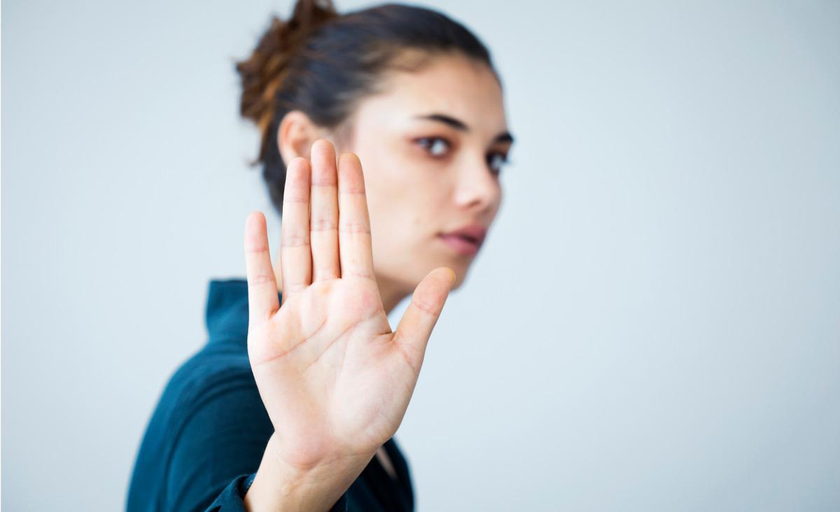 """Kiedy warto sobie odpuścić i powiedzieć innym """"nie""""? Tłumaczy Wojciech Eichelberger"""