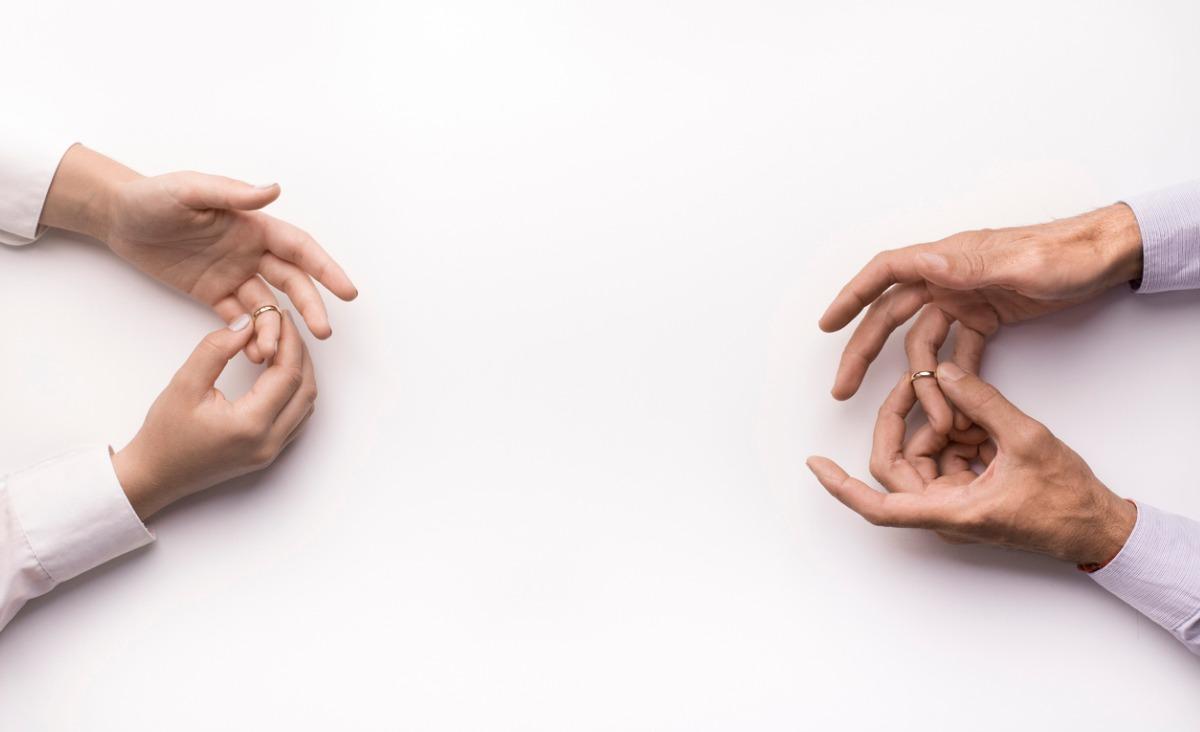 O co rozpadają się współczesne związki?
