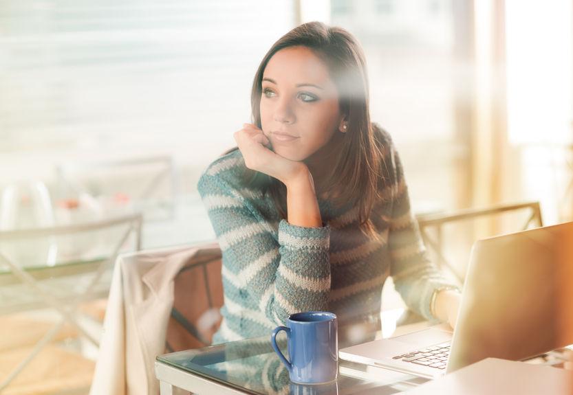 Tęsknota za latem i smutek po urlopie: jak poprawić sobie nastrój?