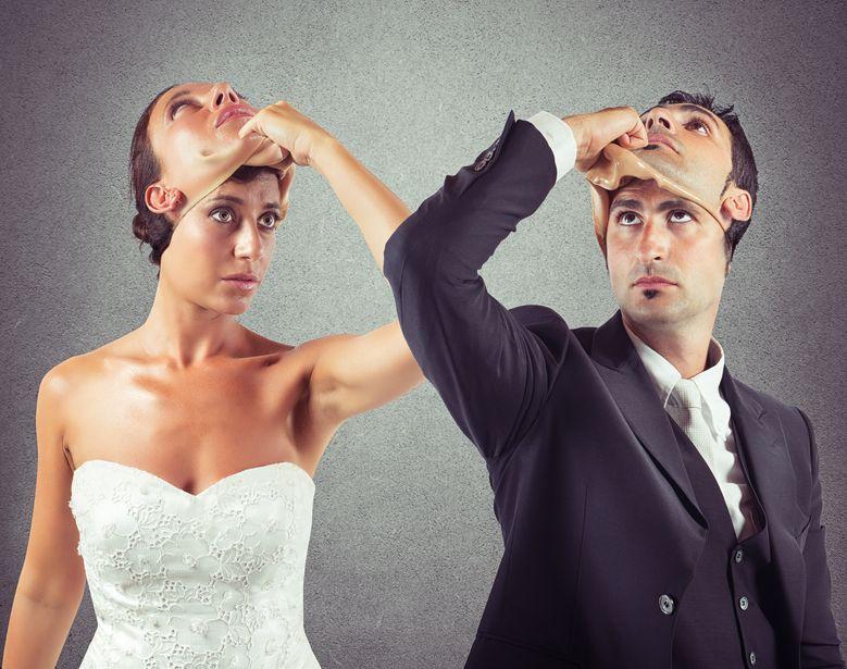 Tajemnice i niedomówienia w związku