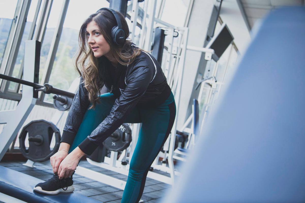 Fitness i siłownia. Jak optymalnie przygotować się do treningu?