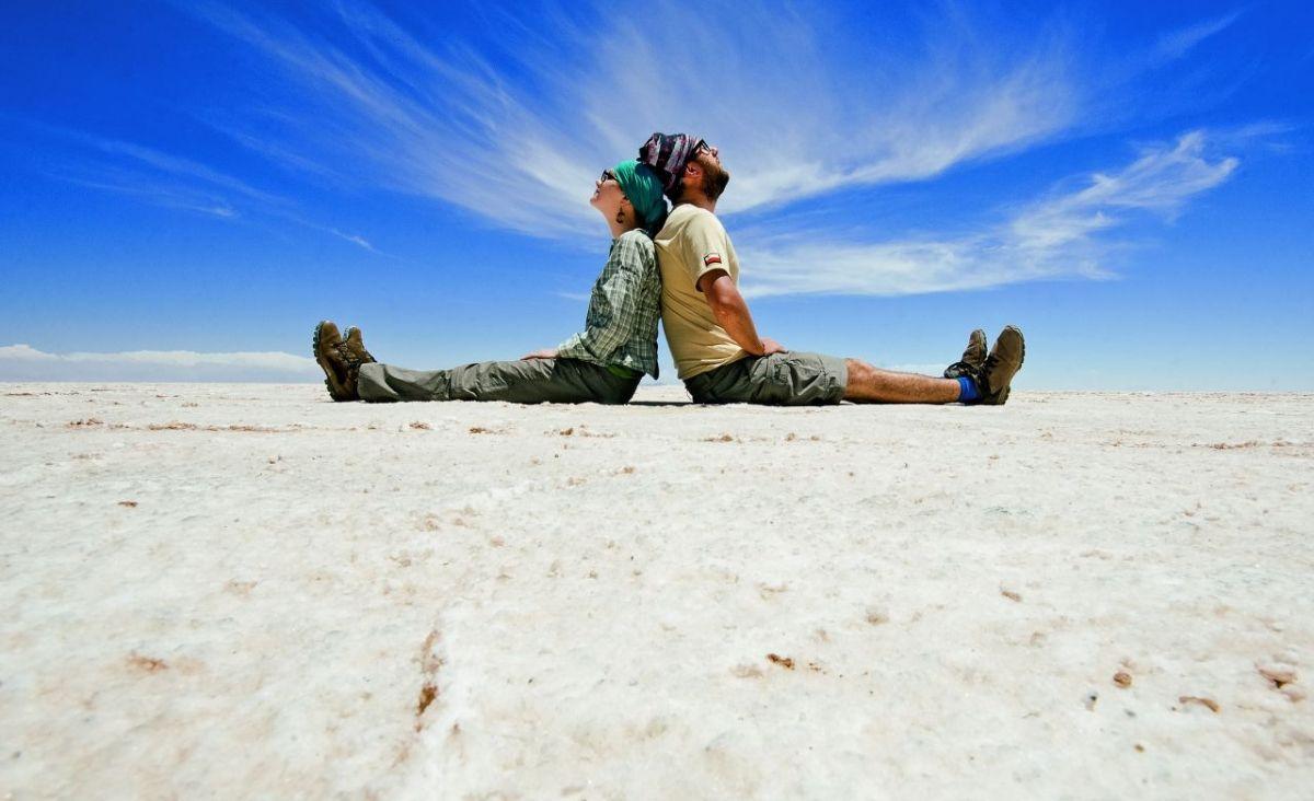 Jan i Monika na Salar de Uyuni w Boliwii (Fot. archiwum prywatne)