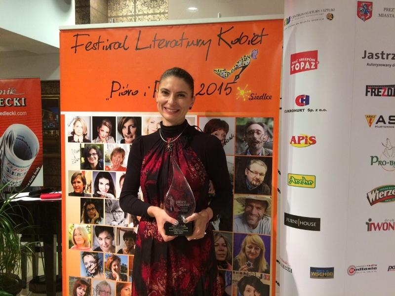"""Ałbena Grabowska na Festiwalu Literatury Kobiet """"Pióro i Pazur"""" 2015"""