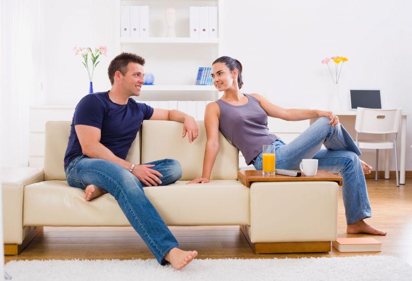 Przeprowadzka do partnera - jak dzielić mieszkanie z drugą osobą