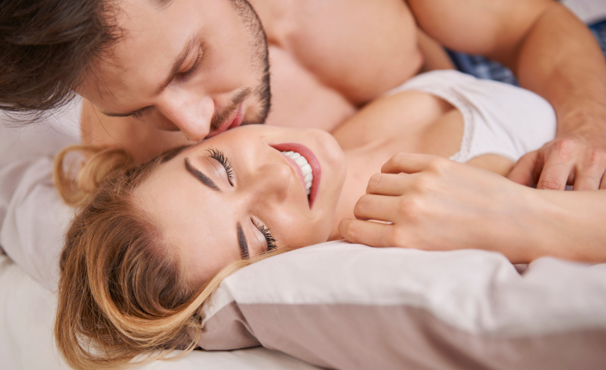 Samoakceptacja: klucz do szczęśliwego życia intymnego
