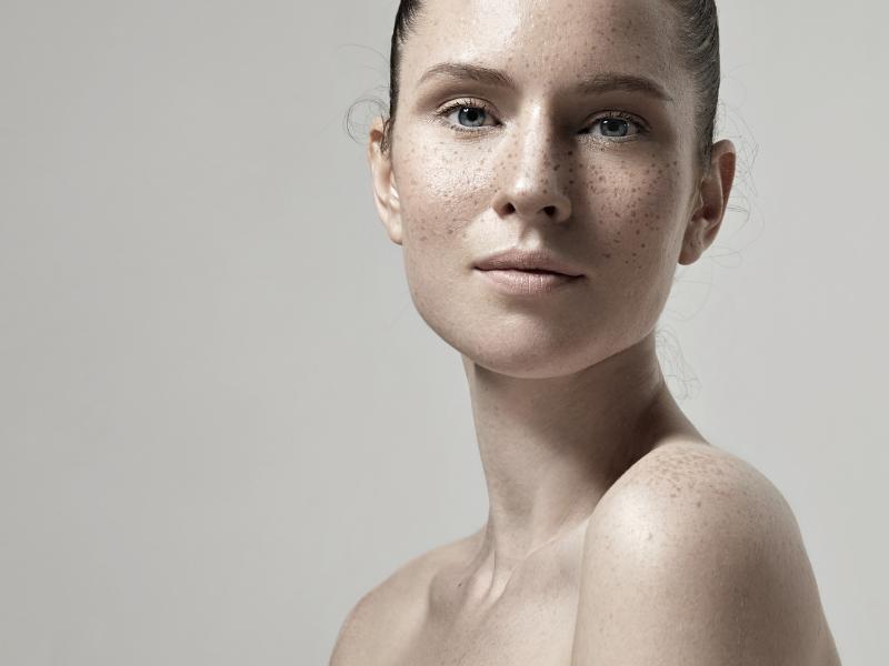 Zabiegi z kwasami na regenerację skóry po zimie