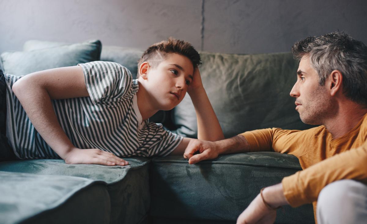 Zapętleni w żalu. Dlaczego relacje ojciec – syn często są tak trudne?