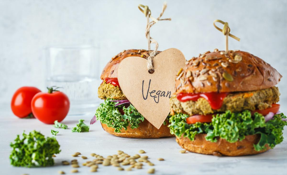 Dieta roślinna. Jak wegańskie potrawy wpłynęły na branżę gastronomiczną?