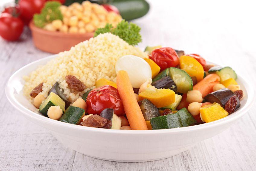 Kuskus z grillowanymi warzywami i halloumi