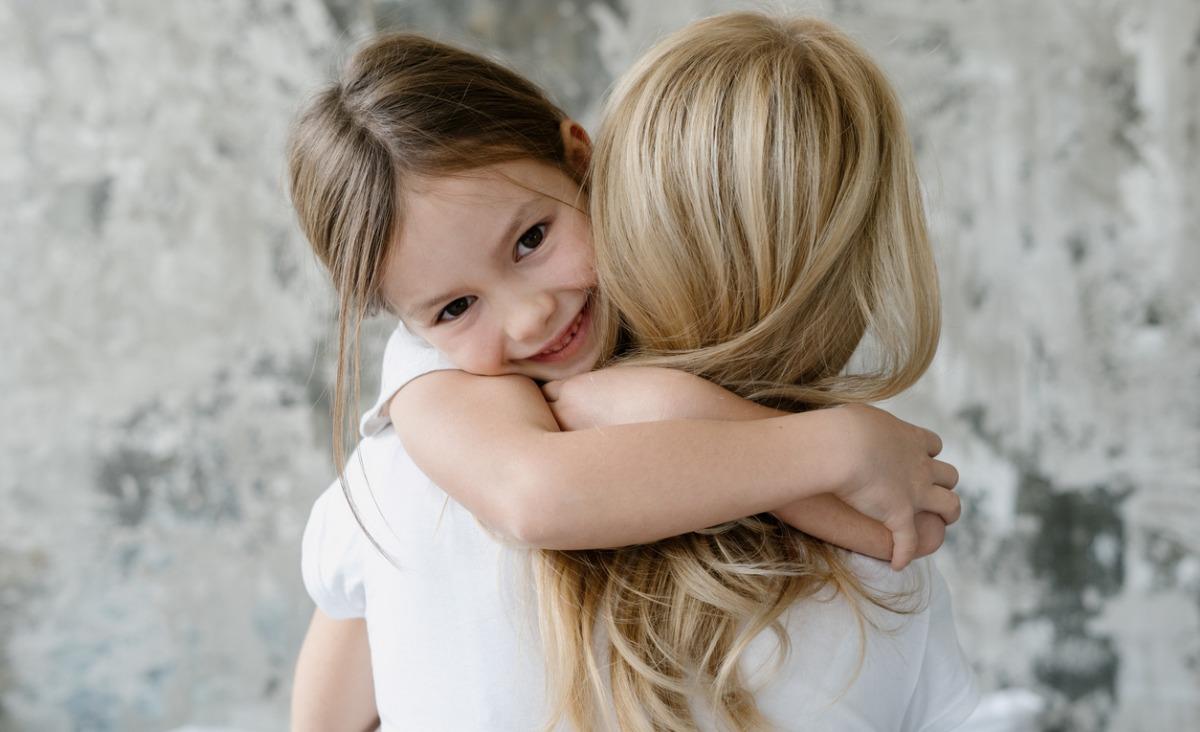 Jak pomóc dziecku w okazywaniu uczuć?