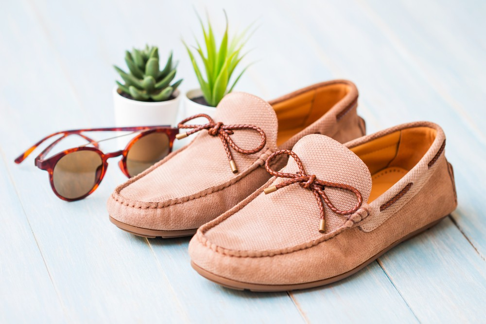 Mokasyny - lekkie, wygodne i modne buty na lato. (Fot. Materiały partnera)