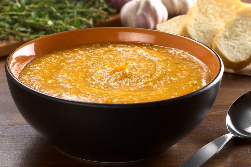 Zupy na jesień. Krem z batatów z suszonymi pomidorami.