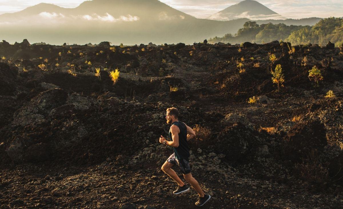 Treningi dla ambitnych: triathlon czy crossfit?