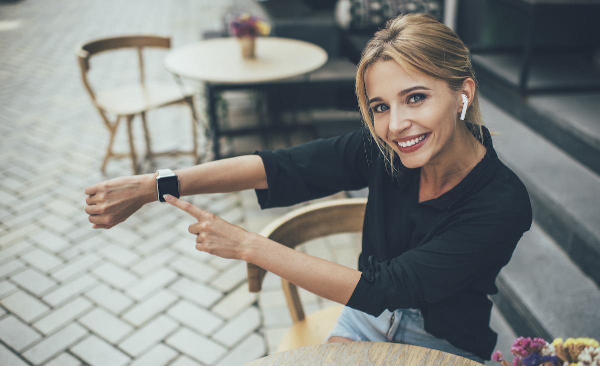 Najlepszy smartwatch dla kobiety - podpowiadamy, na jakie szczegóły zwrócić uwagę!