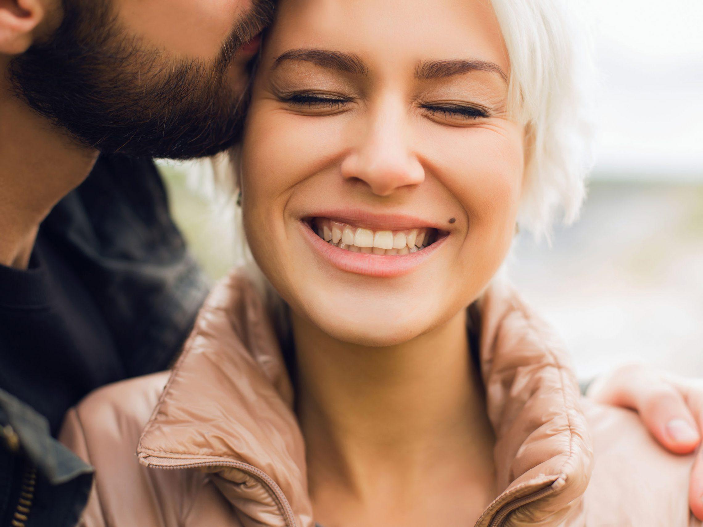 Jaka cecha czyni mężczyzn atrakcyjnymi?