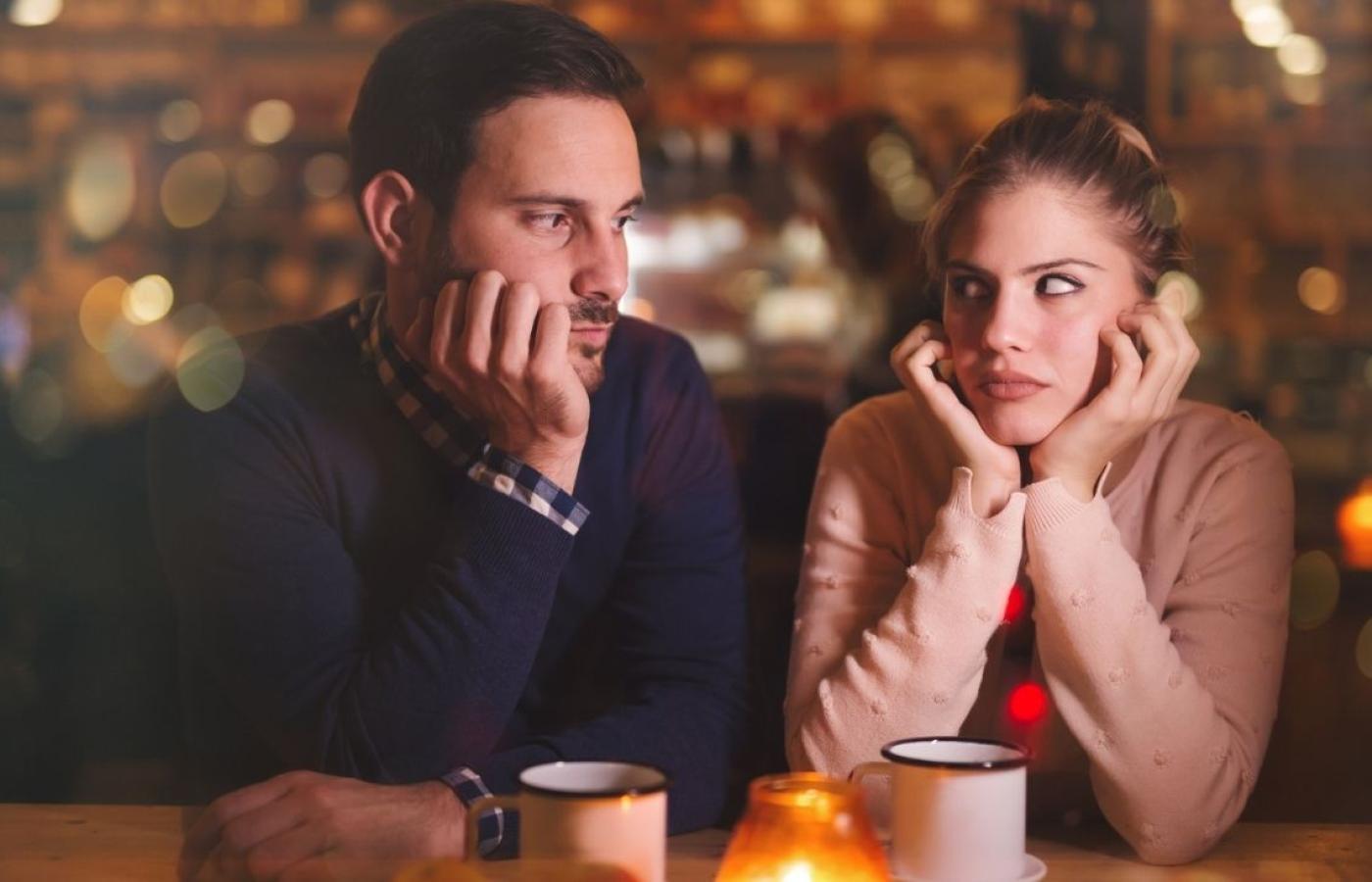 Gdy zainteresowany facet jakie jest sygnały kobietą wysyła Podobasz się