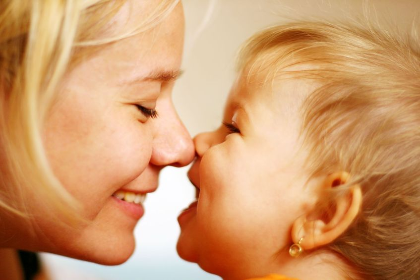 Uczucia dziecka: jak pomóc w ich okazywaniu?