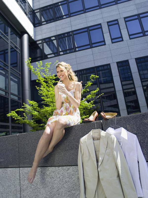 Biurowy dress code na lato