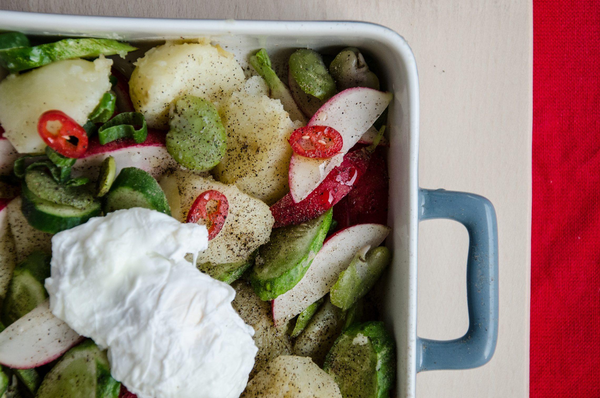Dziarskie Gotowanie: sałatka z młodych ziemniaków i bobu