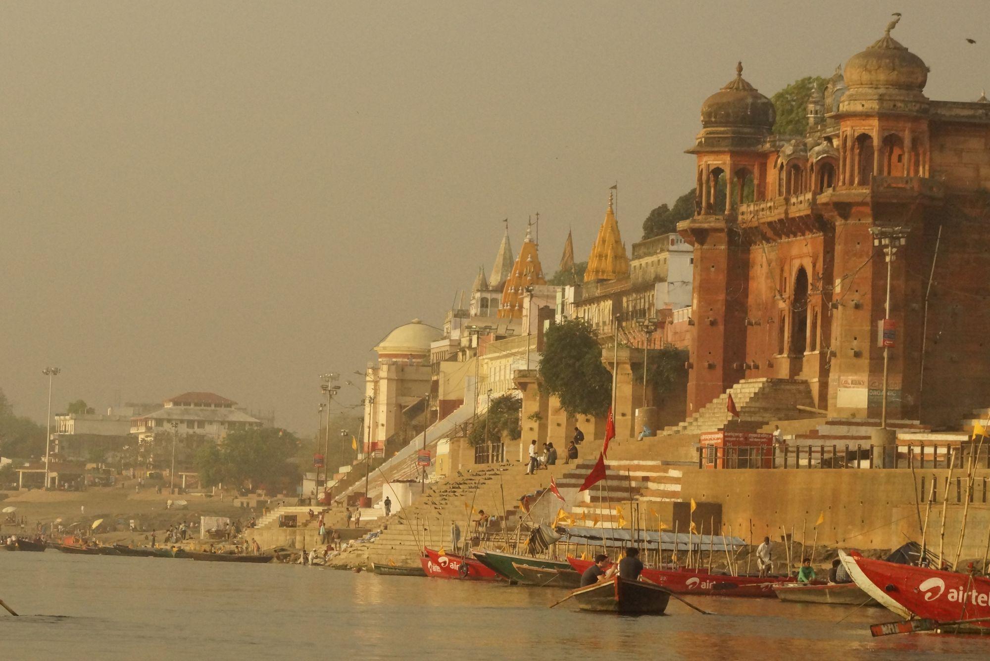 Waranasi - święte miasto nad brzegiem świętej Gangi