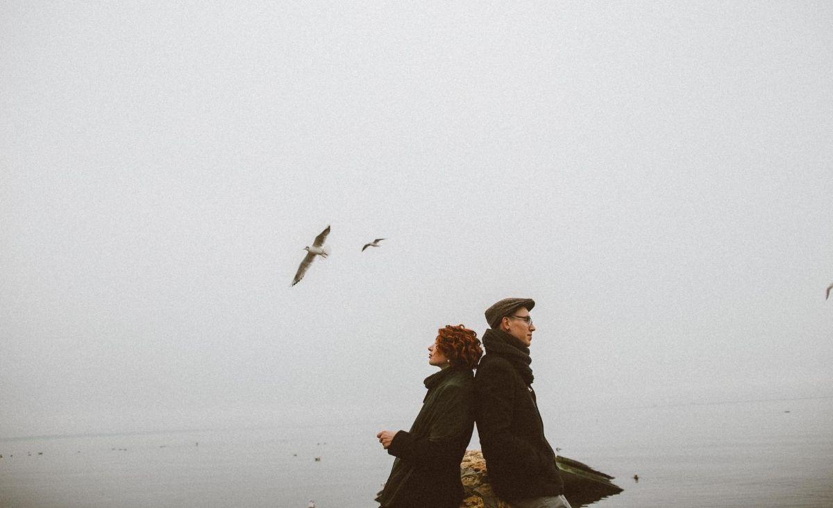 """""""Kocham cię"""" i """"odejdź"""". Współuzależnienie w związku"""